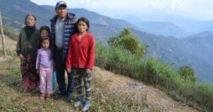 Photo: Phincho Tsering Dukpa and his family (Credit: Athar Parvaiz)